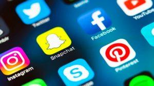 Réseaux sociaux : stratégie pour trouver des clients